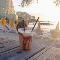 The Best Bars on Sint Maarten